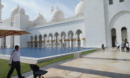 Abu Dhabi: Ékszer az Arab öböl partján