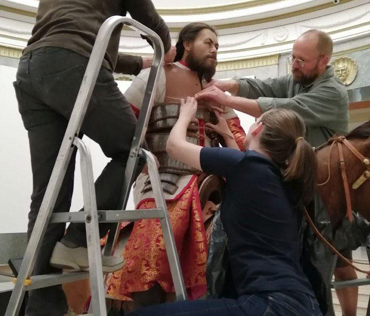 Avar páncélos lovas a Déri Múzeumban