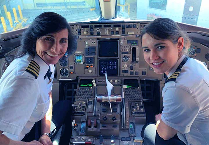 Nők a pilótafülkében